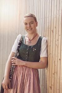 Julia Kicker